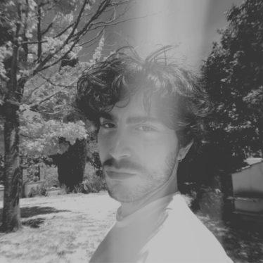 Luoghi Sacri è il nuovo singolo di Svevo Susa