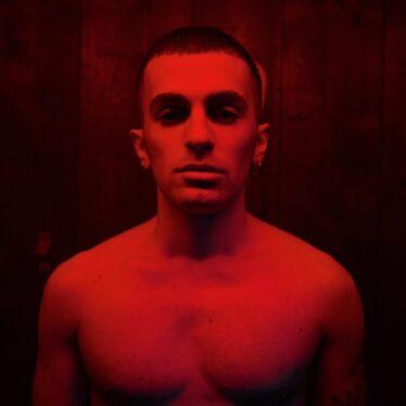 Eroi è il nuovo singolo di Daniele Maria